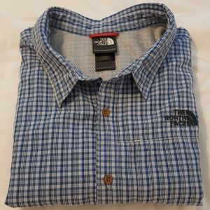 Men's short sleeve shirt by The North Face
